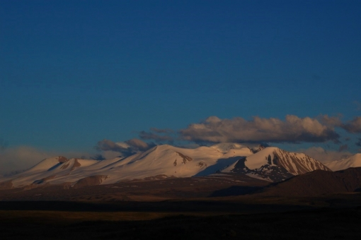 the Ukok Plateau - perfect view of Tabun-Bogdo-Ola range